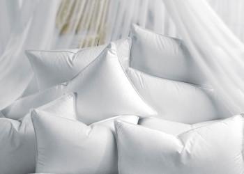 Ковдри та подушки