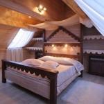 Мансардная спальня7