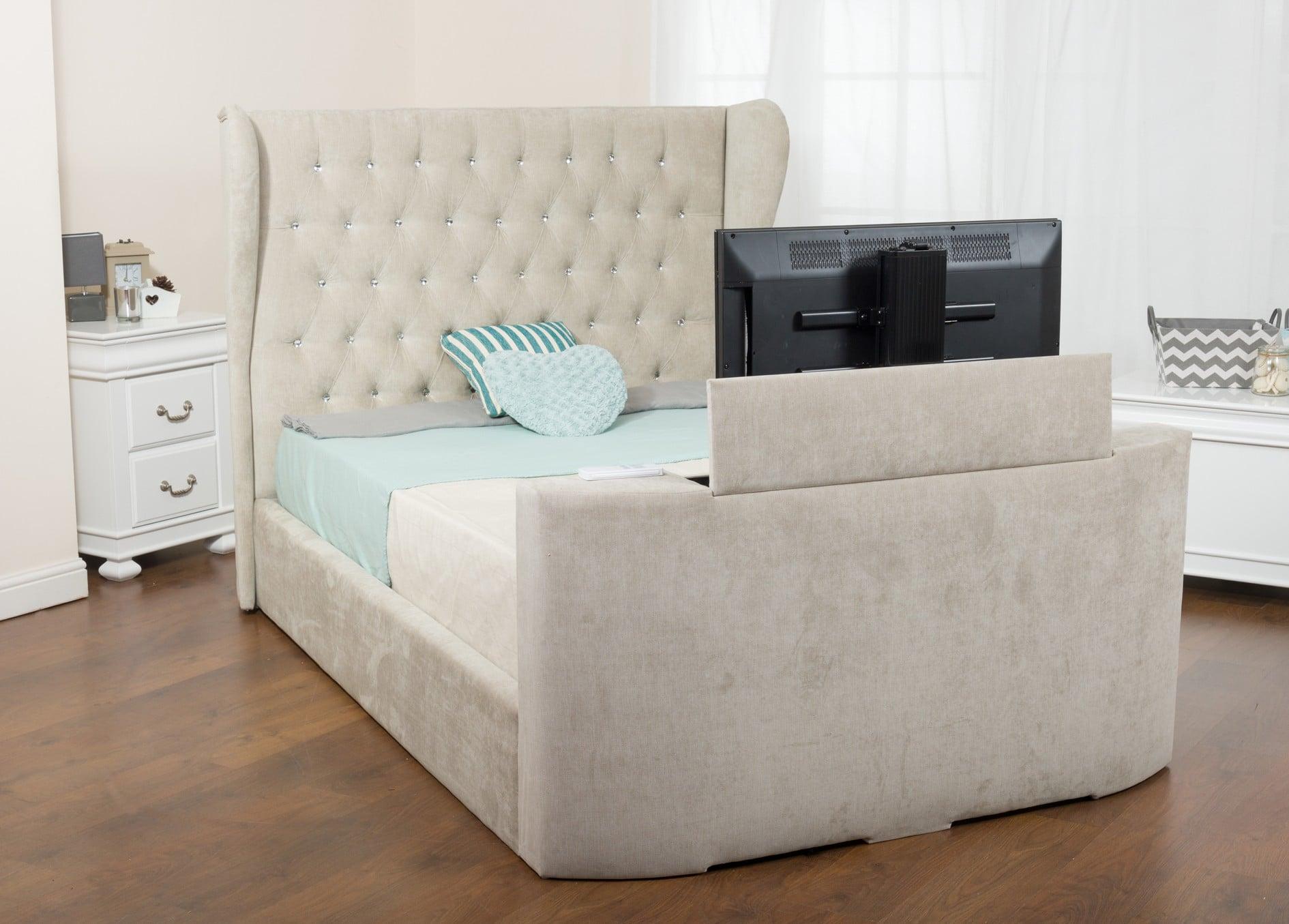 Кровать с телевизором