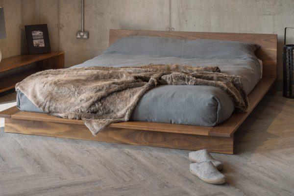 Континентальная кровать вариант